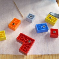Magnetic Lego bricks