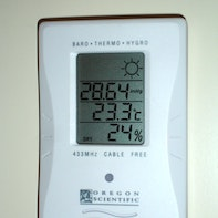 Mounting a thermometer