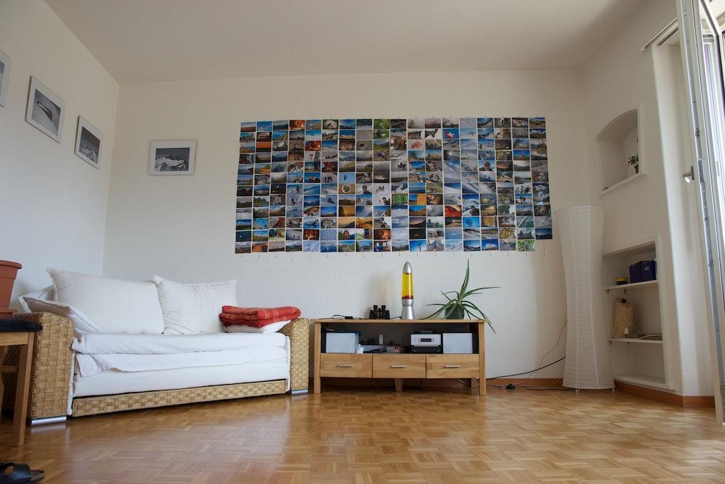 magnetische low cost fotowand van ijzerdraad. Black Bedroom Furniture Sets. Home Design Ideas