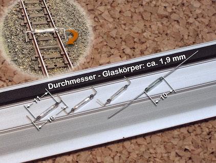 Für die Schaltung der Modellbahn verwendete Reed-Kontakte