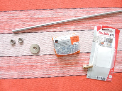 magnetisches schl sselbrett holz selber bauen supermagnete. Black Bedroom Furniture Sets. Home Design Ideas