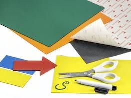 Feuilles magnétiques de couleur à découper et pour y écrire