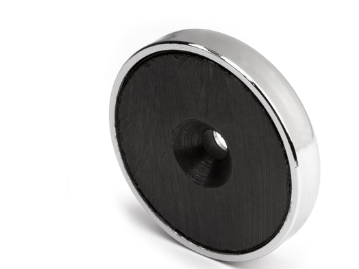 Pot magnets with ferrite magnet